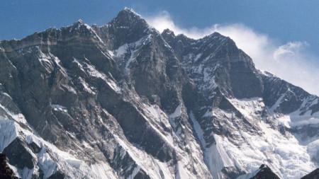 Връх Лхотце (8516 м)