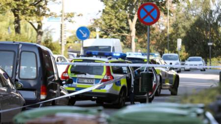 Шведската полиция блокира района на стрелбата в Малмьо