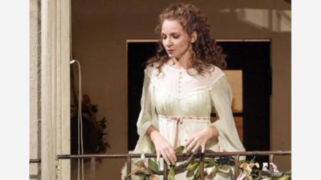 Светлина Стоянова в ролята на Розина в Щатсопер - Виена