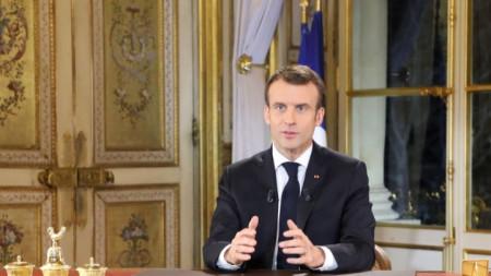 Френският президент Еманюел Макрон се разделя с главтия автор на речите му.