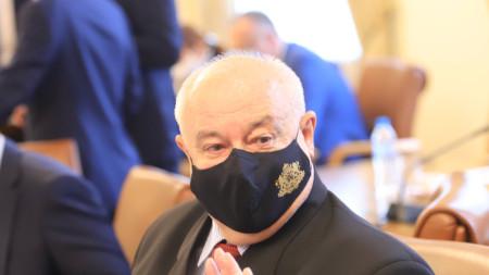 Министър Асен Личев