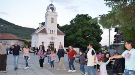 Раждавица е от най-заможните села в Кюстендилско