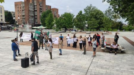 Протестът пред общината на Свищов