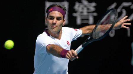 Федерер премина през иглени уши, за да стигне полуфинал.