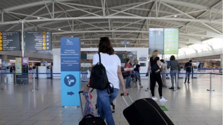 Кипър, международно летище Ларнака