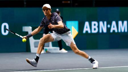 Яник Синер записа първа победа над тенисист от топ 10.