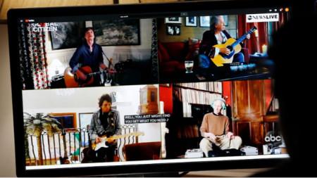 """Групата """"Ролинг Стоунс"""" по време на онлайн концерта """"Един свят – заедно вкъщи, заедно у дома"""""""