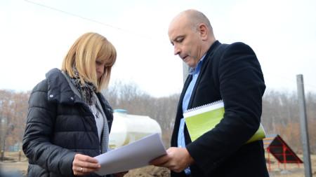 Столичният кмет Йорданка Фандъкова и кметът на