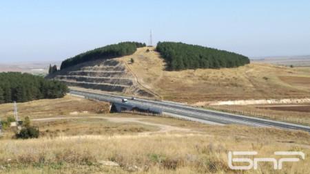 Мястото край Кермен, предвидено за новия пътен възел на автомагистрала Тракия.
