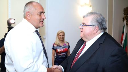 Генералният мениджър на Банката за международни разплащания (БМР) Агустин Карстенс (вдясно) и премиерът Бойко Борисов