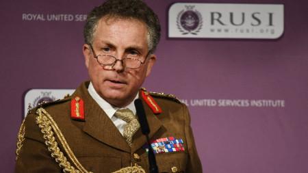 Началникът на британската отбрана генерал Ник Картър.