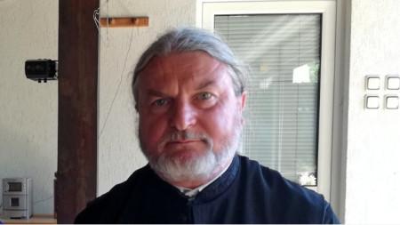 Отец Василий Топузлиев