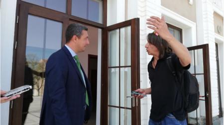 Кристиян Апостолов и кметът Георги Лапчев