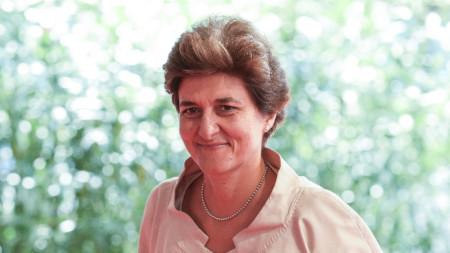 Силви Гулар