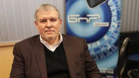 Румен Христов в студиото на БНР
