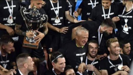 Христо Крушарски стана на 64 години