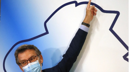 В Галисия управляващата консервативна Народна партия потвърди позицията си