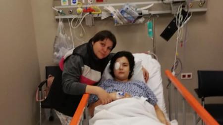 Криси и майка й - Десислава Чанева