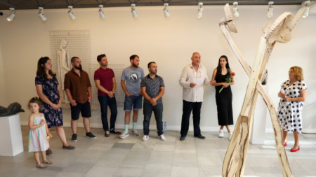 Изложба на млади автори от класа на доц. Цветослав Христов в галерия Сезони