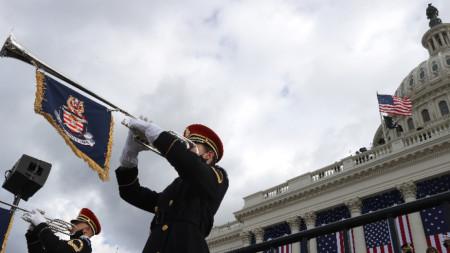 На церемонията по встъпване в длъжност на Джо Байдън и Камала Харис - президент и вицепрезидент на САЩ.
