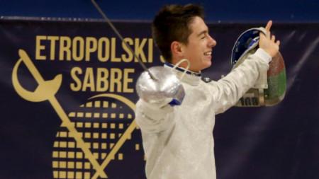 Тодор Стойчев спечели турнира при кадетите.