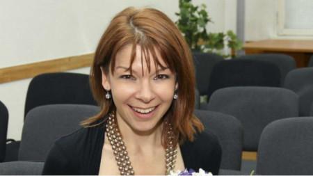 Надя Обретенова