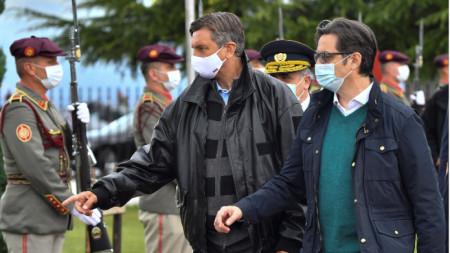 Президентите на Словения Борут Пахор (вляво) и на Северна Македония Стево Пендаровски в Охрид - 26 септември 2020