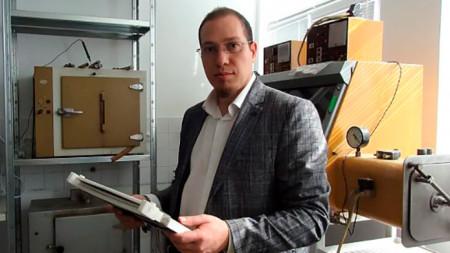 Д-р Илиян Попов