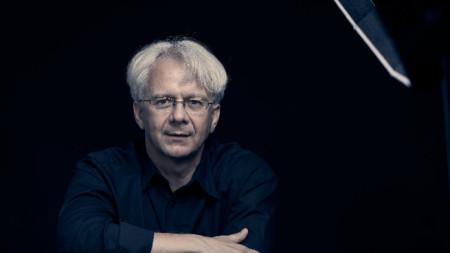 Павел Балев