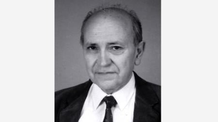 Проф. Пенчо Стоянов (1931-2020)
