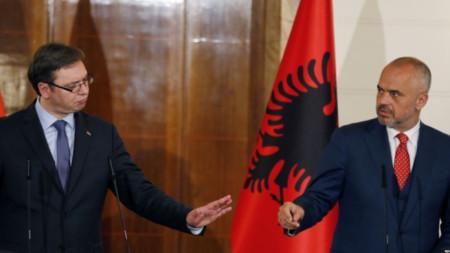 Александър Вучич и Авдулах Хоти