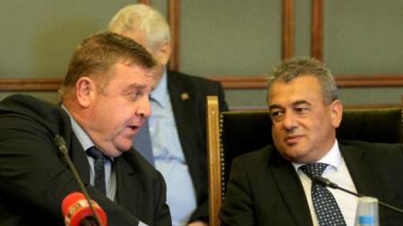 Днес се проведе заседание на парламентарната комисия по отбрана.