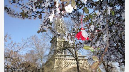 Пролет в Париж, Франция