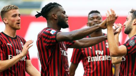 Милан победи Ромза с 2:0