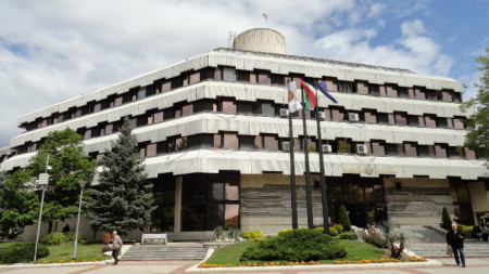 Сградата на община Дупница