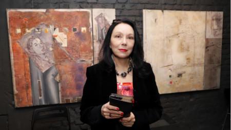 Самостоятелна изложба живопис на Десислава Денева в галерия [a] cube contemporary.