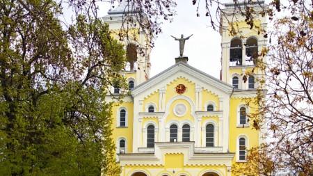 """Храмът """"Пресвето Сърце Исусово"""" в Раковски"""
