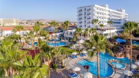 Хотел в Кипър