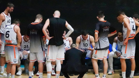 отборът на Академик (Пловдив) продължава в Балканската лига.