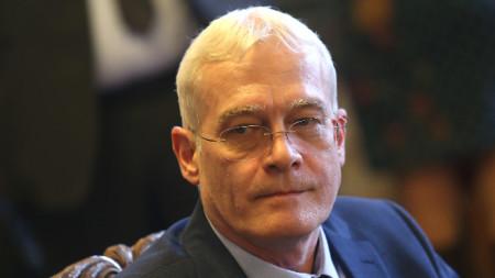 Проф. Петко Салчев е единственият кандидат да оглави Здравната каса