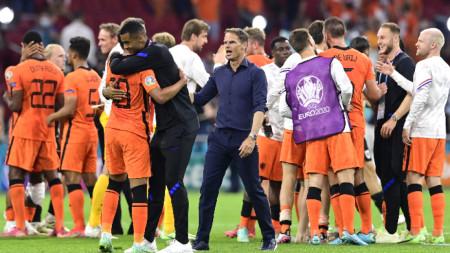 Франк Де Бур остана доволен от представянето на Нидерландия до момента на европейското първенство