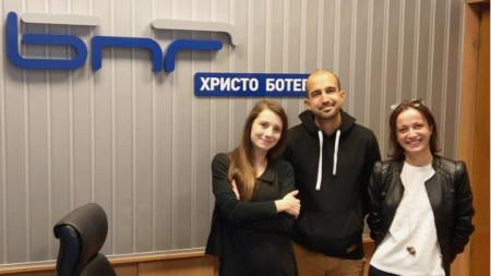 Мартина Кръстева, Стефан Лазаров и Елена Йорданова (отляво надясно)
