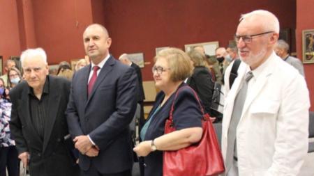 Президентът Радев с Андрей Романов и архитектите Пламена Цачева и Иво Петров