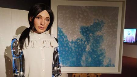 Хуманоидният робот-художник Ai-Da
