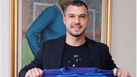 Валери Божинов позра с екипа на Левски.