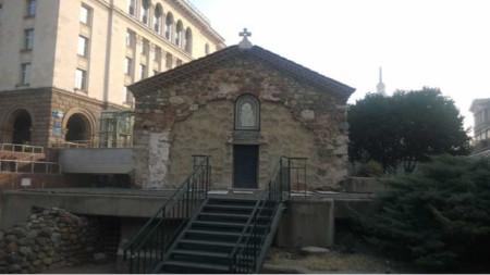 """Църквата """"Св. Петка Самарджийска"""" в София"""