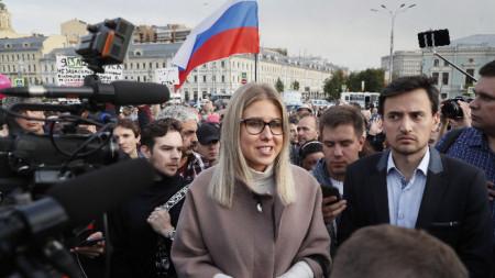 Опозиционната активистка Любов Собол на протест на опозицията в Москва.