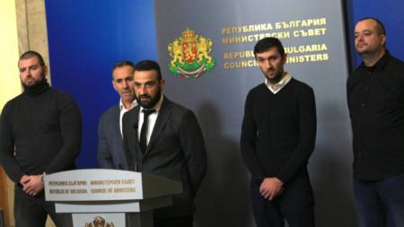 Степан Хиндлиян говори след срещата с Бойко Борисов.