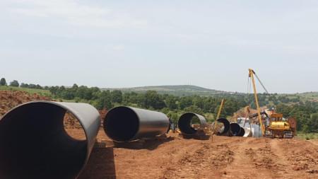 Борисов инспектира изграждането на 11-километрово трасе на газопровод от турската граница до компресорна станция