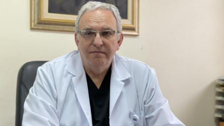 """Проф. Иван Поромански - директор на """"Пирогов"""""""